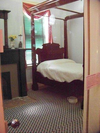 Natchez, MS: bedroom