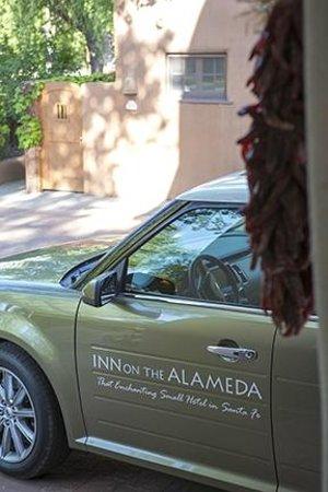 Inn on the Alameda : Courtesy Vehicle