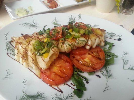 O'Pote: Calamares-Salat -  gezoomt! Absolut lecker!!