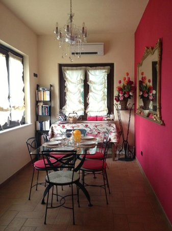 B&B Raffiori: Sala colazione