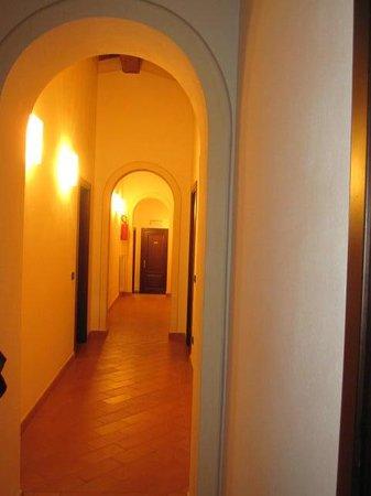 Le Vecchie Cantine: corridoio stanze