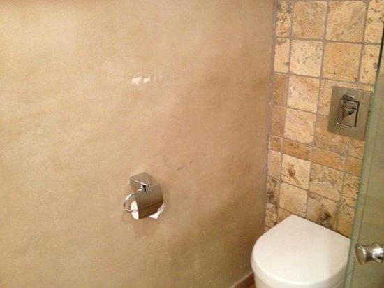 Campo Dell'Oro: Mur des toilettes