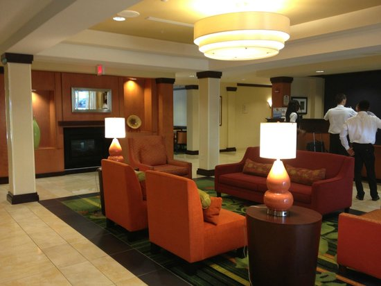 Fairfield Inn & Suites Wilmington/Wrightsville Beach : Lobby
