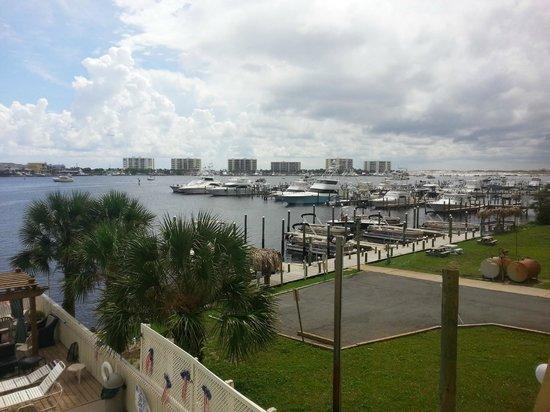 Inn on Destin Harbor: View from the lobby