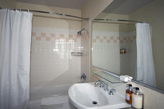 The Willows : ванная комната