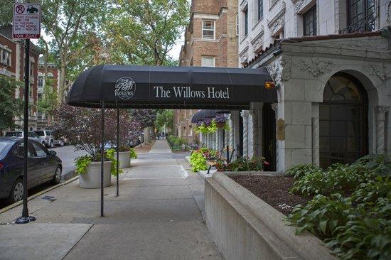 The Willows : отель