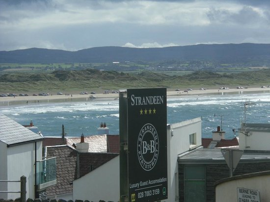 Strandeen Bed and Breakfast: A beautiful sea view