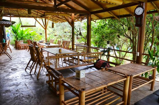 Terrace And Dinner - Picture Of Hot Coffee Guest House And Resort  Mae Chaem
