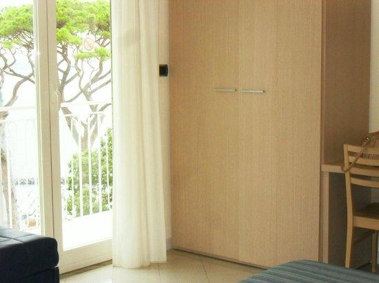 Hotel Cosmomare : la camera