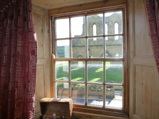 Byland Abbey Inn: view from mouseman bedroom of Byland Abbey