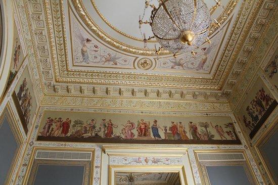 Shangri-La Hotel Paris: les détails des plafons