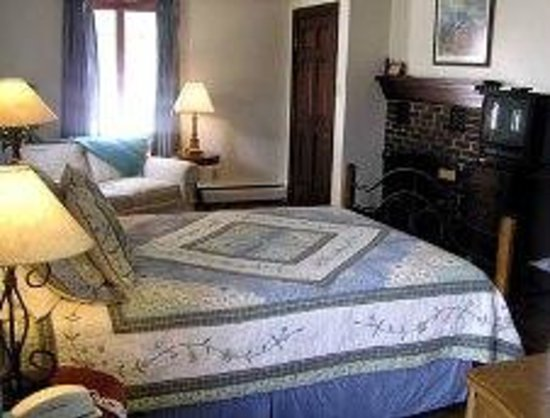 Chambers House Bed and Breakfast: Room