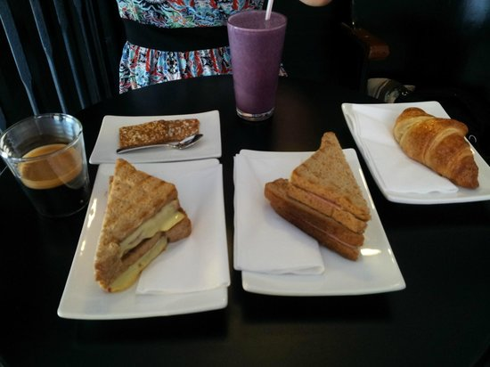 Moods Coffee Corner: Our breakfast