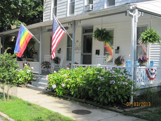 Rehoboth Guest House: Front Porch