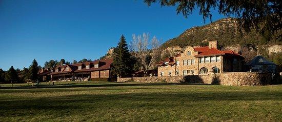 Vermejo Park Ranch: Main Lodge