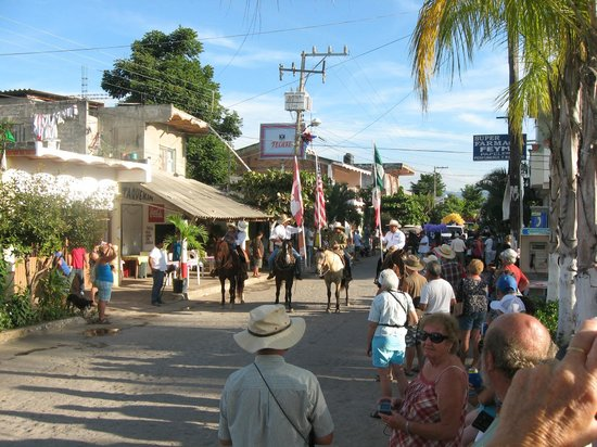 Villas y Bungalows Tlaquepaque : Parade de Noel 2012