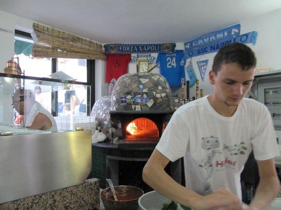 Ristorante da Luciano's: Stromboli - Pizzeria Luciano - la pizza