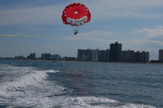Paradise Watersports: Parasailing past high rises