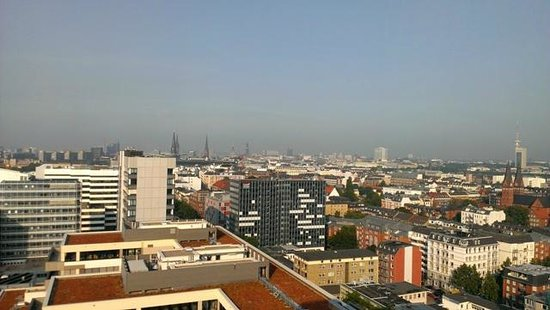 Motel One Hamburg-Alster: Room view from 19th floor