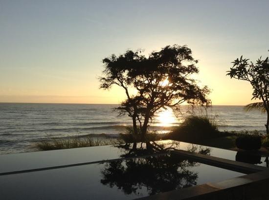 Villa Bukit Segara: sunrise @bukit segara