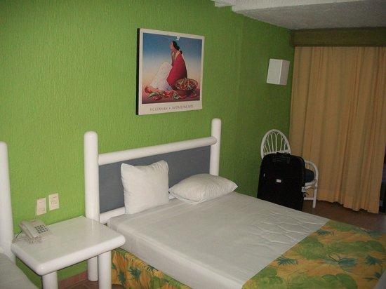 Solymar Cancun Beach Resort: Habitacion