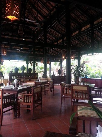 La Tradition D'Angkor Boutique Resort: The dining area/resto