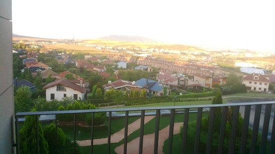 Castillo Gorraiz Hotel Golf & Spa: Vistas de la habitación