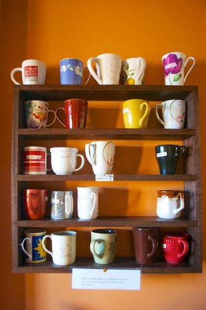 Shanti Retreat: The mug system (you claim one for the duration of the stay)
