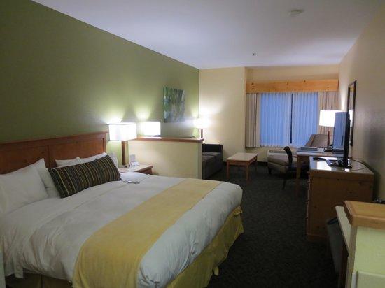 Radisson Hotel Portland Airport: Spacious room