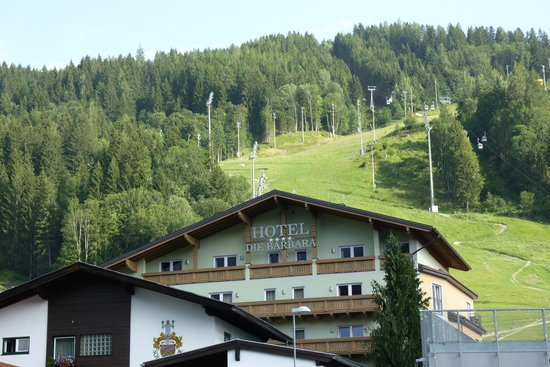 Hotel Die Barbara: Faces the Planai slopes