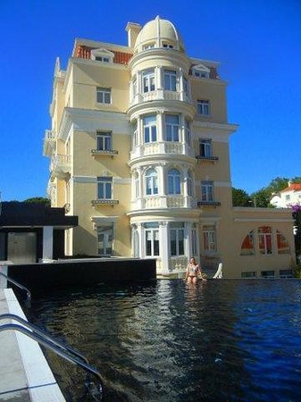 Hotel Inglaterra: Enjoying the amazing pool! and view