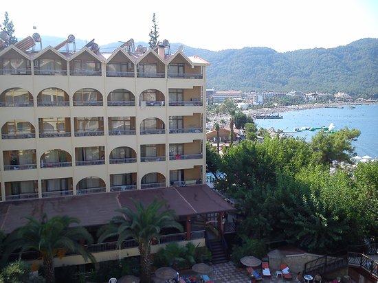 Golmar Beach Hotel: Veiw from our balcony