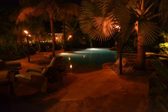 The Caribbean Resort at Sea Isle: Pool at night
