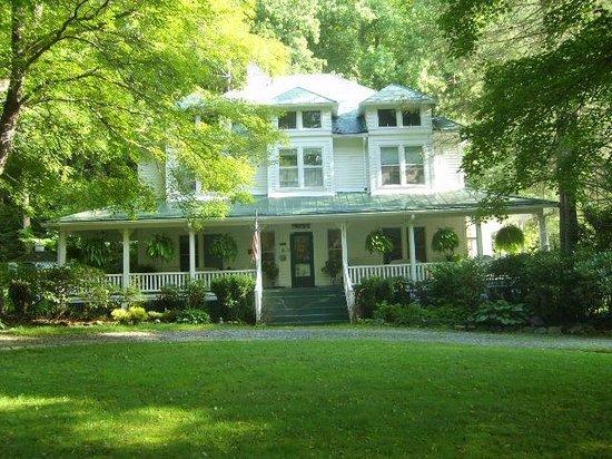 The Taylor House Inn