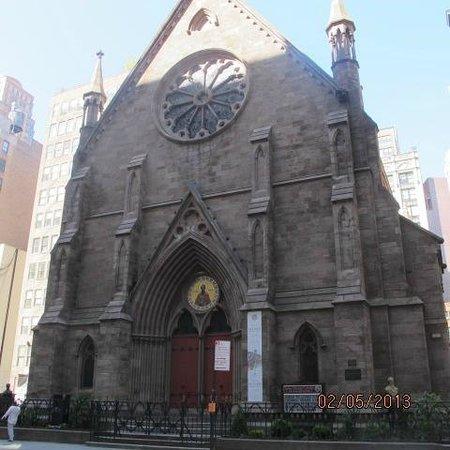 Heritage Hotel New York City: kościół vis a vis hotelu