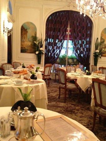 Hotel Raphael: Morgenmadsrestaurant