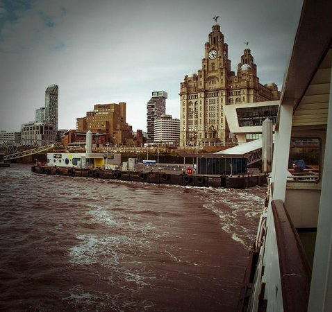 Albion Guest House: Ferry from Liverpool