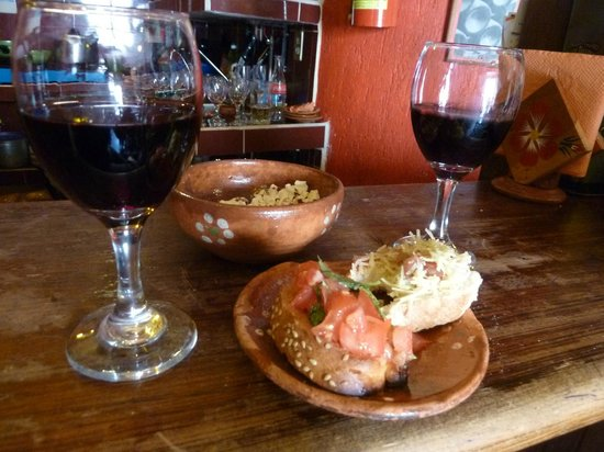 La Vina de Bacco : Delicious wine and tapas