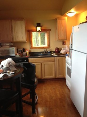 Teack Lake: fully equipped kitchen