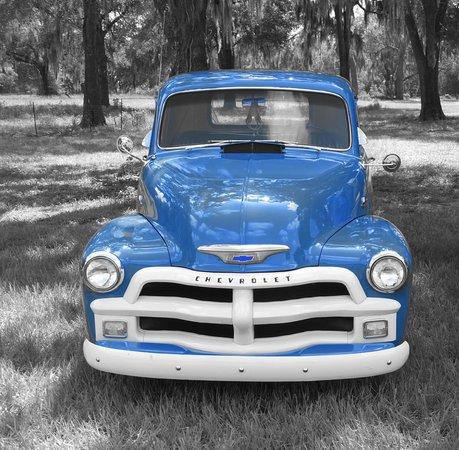 Amherst antique car show autos post for Champion motors amherst nh