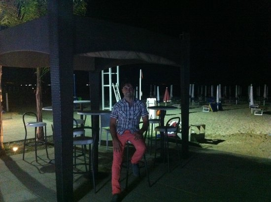 Movida Beach: Stabilimento