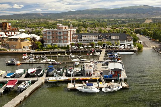 hotel eldorado & marina - picture of lakeside dining room, kelowna