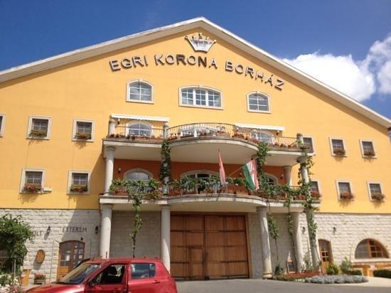 Egri Korona Borhaz es Wellness Hotel