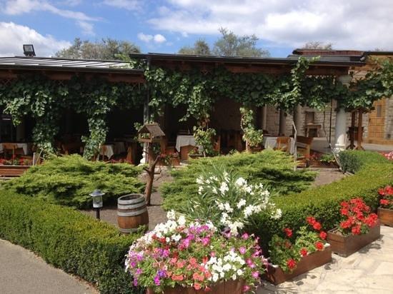 Egri Korona Borhaz es Wellness Hotel: Restaurant.