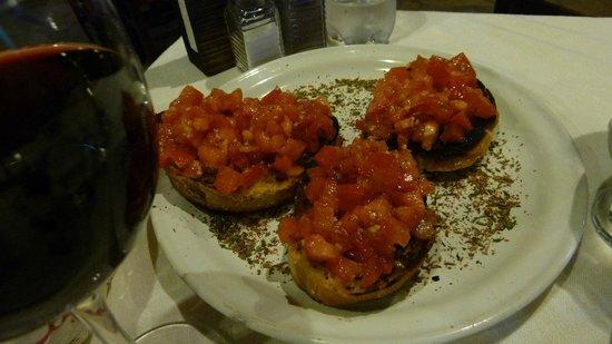 Trattoria Italiana: Perfect bruschetta