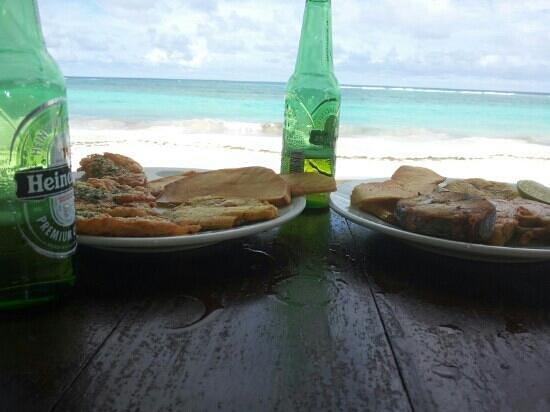 Restaurante El Paraiso : comida y cerveza en el paraíso en san andres