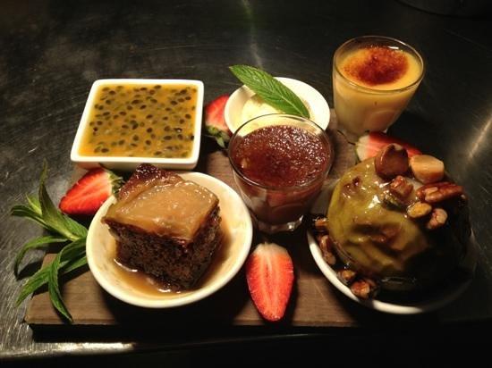 St Mounts Boutique Hotel & Trattoria: outstanding dessert platter