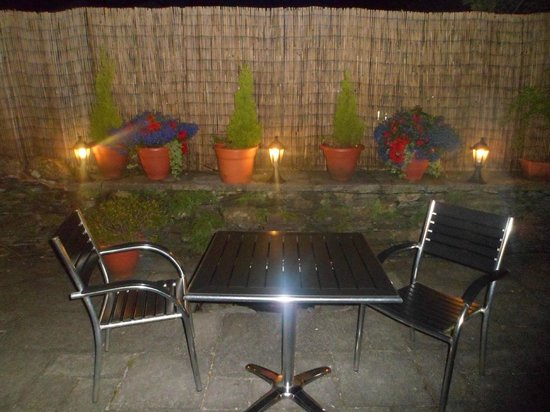 The Howbeck: Lovely Patio in the Retreat