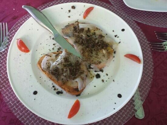 Trattoria del Contadino: Bruschetta lardo e tartufo