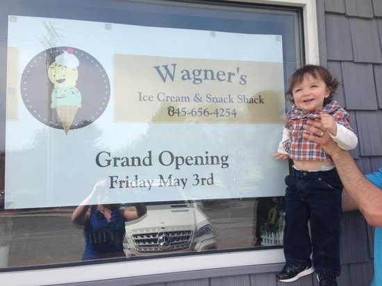 Wagner's Ice Cream & Snack Shack: Yay! Ice Cream!